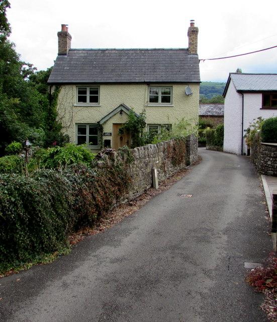 Larch Cottage, Govilon