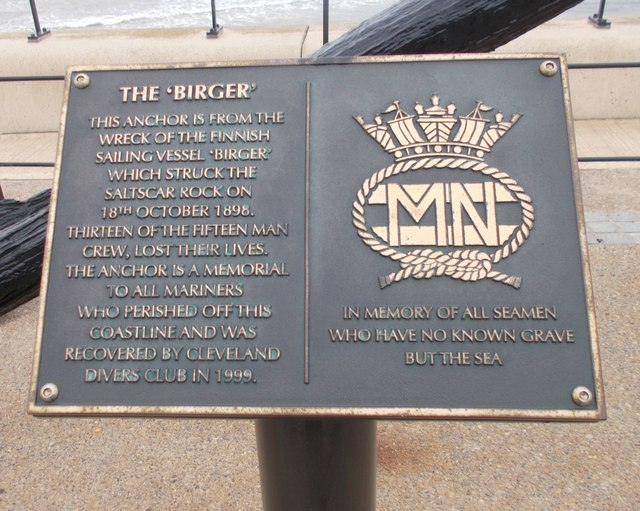 Plaques on Anchor memorial to Merchant seamen - Esplanade