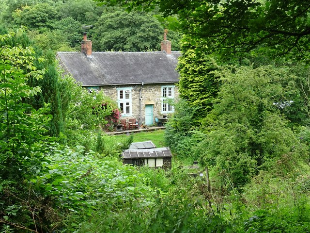 Cottages off Green Lane