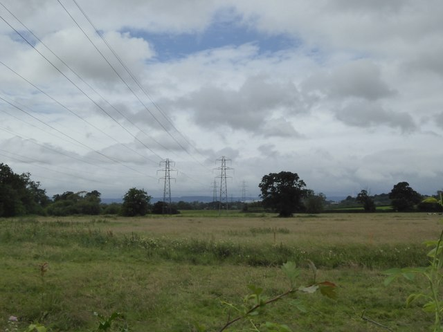 Power lines in the valley of the River Clyst