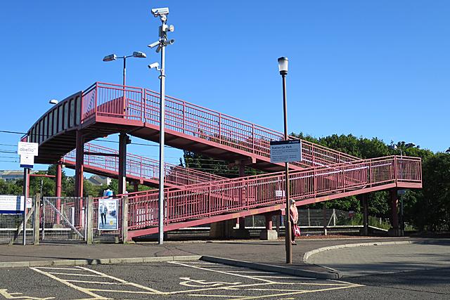 Footbridge at Curriehill Station