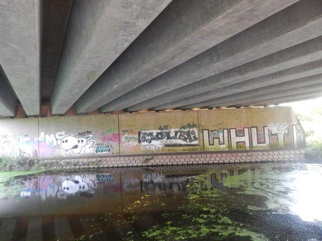 Graffiti under A14
