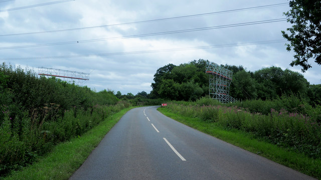 Repairs to overhead power lines