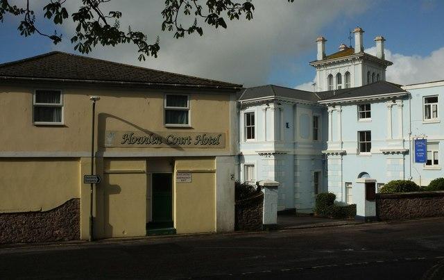 Hotels on Croft Road, Tprquay