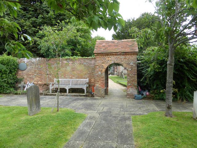 Churchyard archway, Penn
