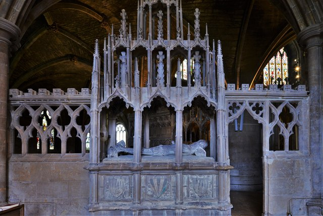 Tewkesbury Abbey: Monument to Sir Guy de Brien (d. 1390) 1