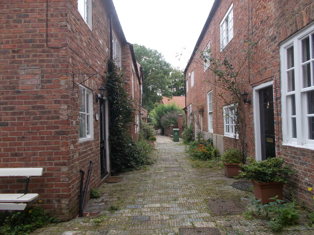 Hedley Court - High Street