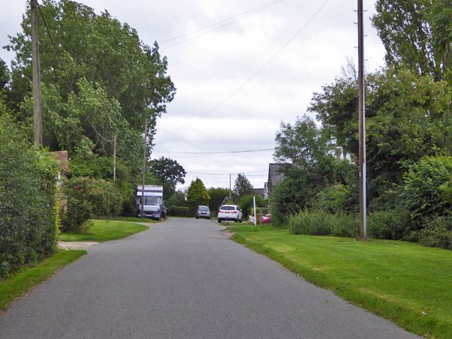 Road through Asheridge