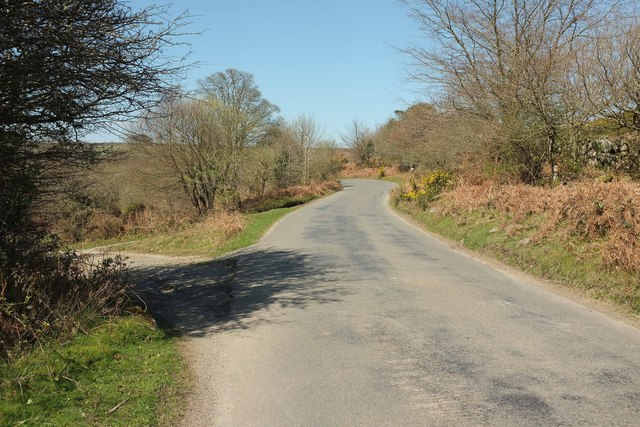 Road to Cold East Cross