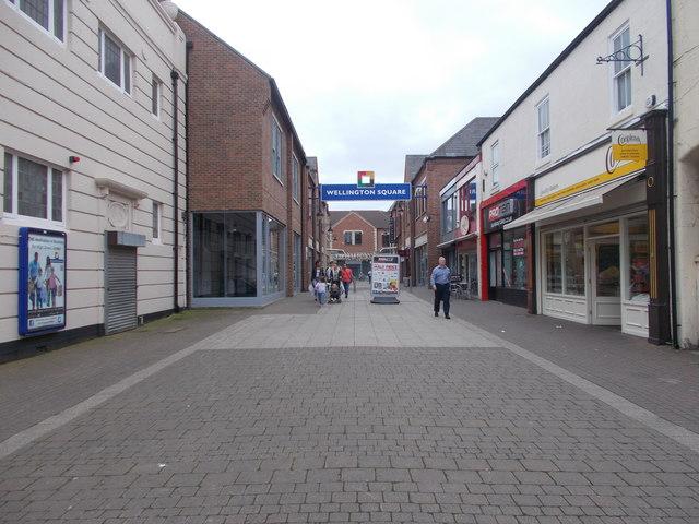 Wellington Street - High Street