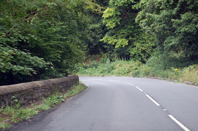 Another bend in the A386