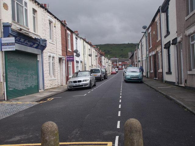 Gladstone Street - High Street