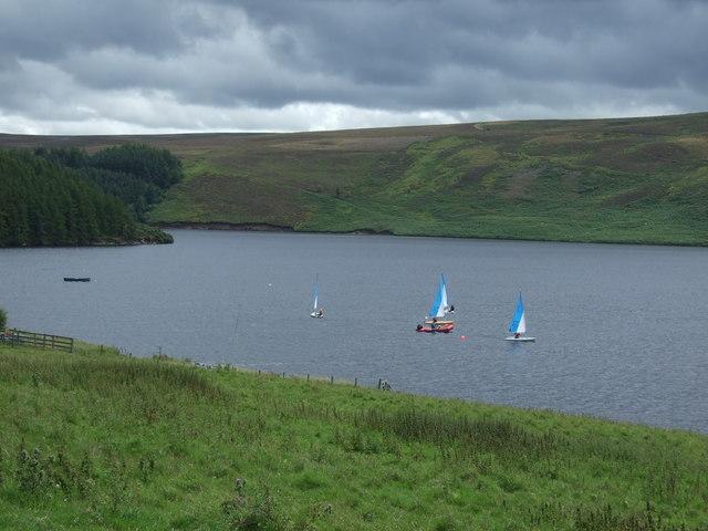 Sailing on the Whiteadder Reservoir