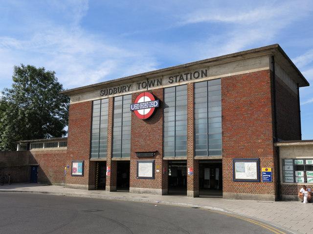 Sudbury Town tube station - entrance building (2)