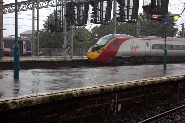 Carlisle station Pendolino departure