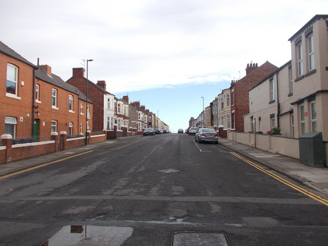Henry Street - Queen Strett