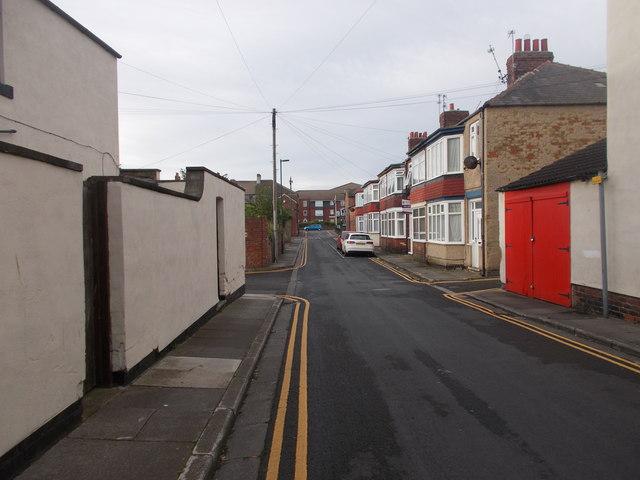 Elliot Street - Queen Street