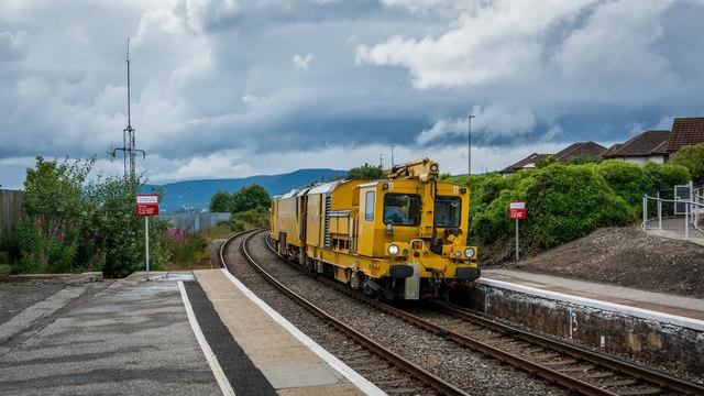 Stoneblower passing through Invergordon bound for Georgemas Junction