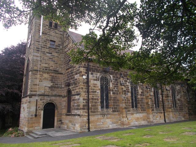 St Leonard's Parish Church - High Street
