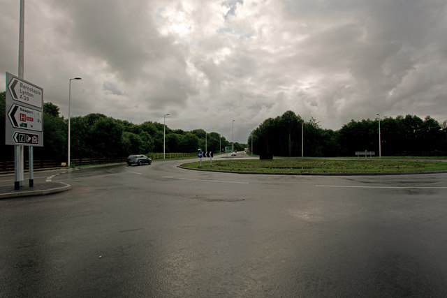 The A361 heading east away from the new Portmore Roundabout