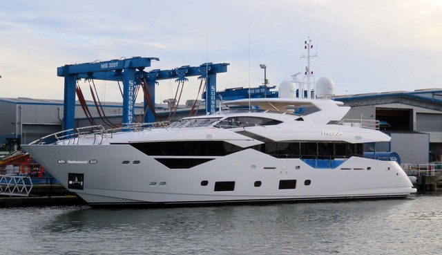 New yacht by Sunseekers boatyard