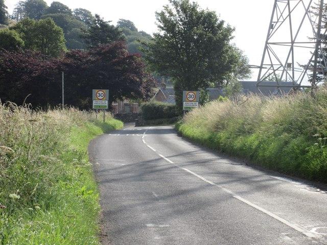 Approaching the Kirkton of Kingoldrum