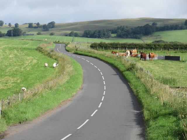 B951 heading uphill from Kingoldrum