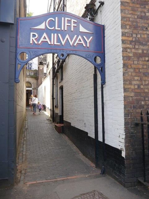 Access to the Bridgnorth Cliff Railway
