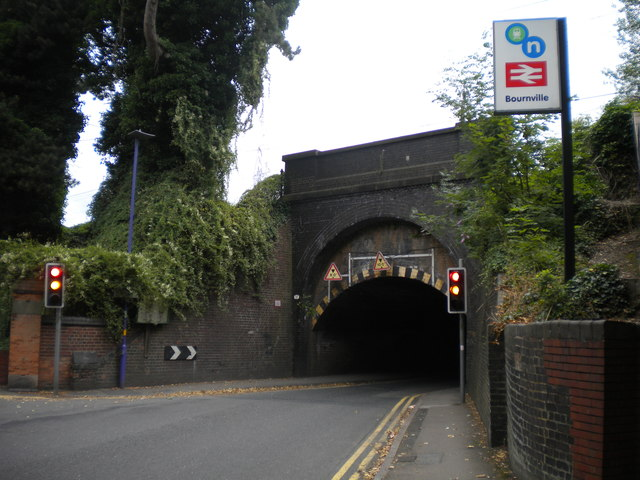 Railway bridge across Bournville Lane, Bournville