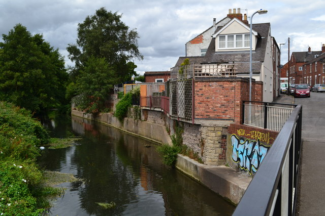 Footbridge over the River Witham, looking into Dudley Road