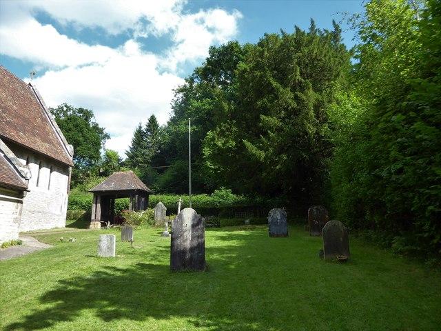 St. John the Baptist, Tidebrook: churchyard (I)