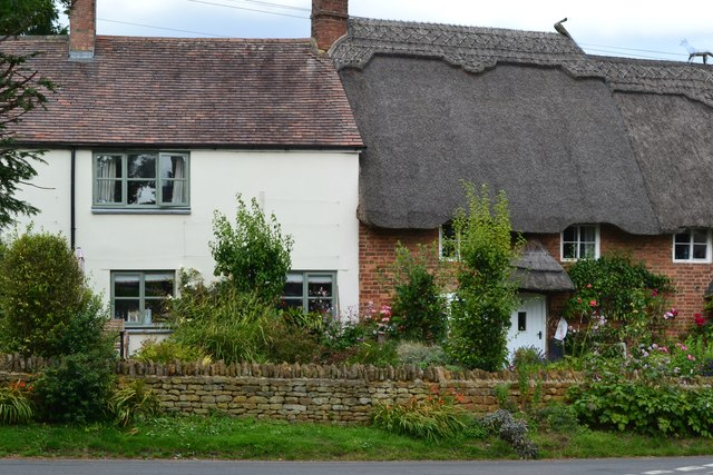 Thatched cottages, Cropredy