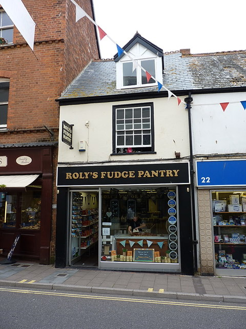 Roly's Fudge Panrty