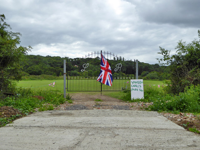 Entrance to boot sale field