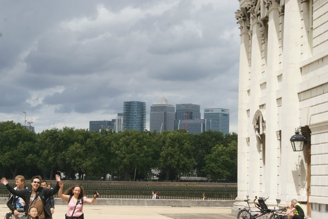 View of Canary Wharf from the grounds of the University of Greenwich