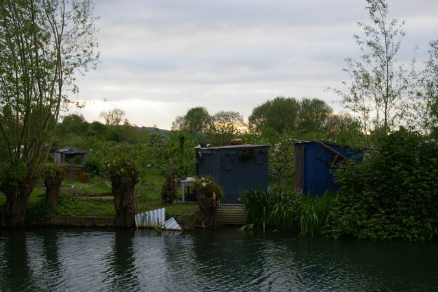 Allotments by the Thames, Oxford