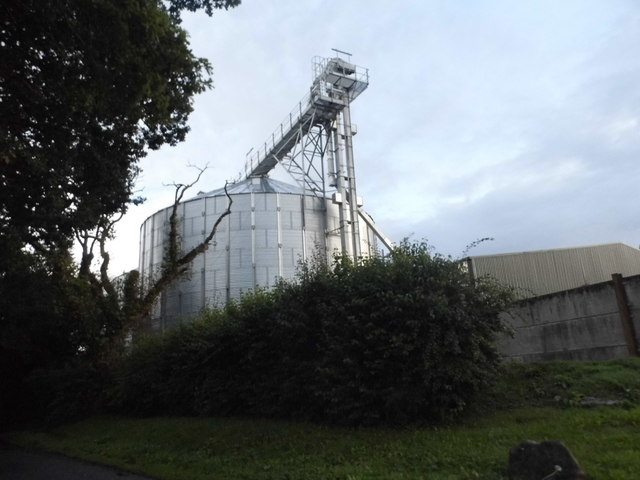 Silo at Ridgeway Grain
