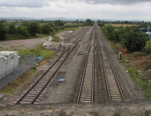 Railway main line and sidings south of Ashchurch railway station