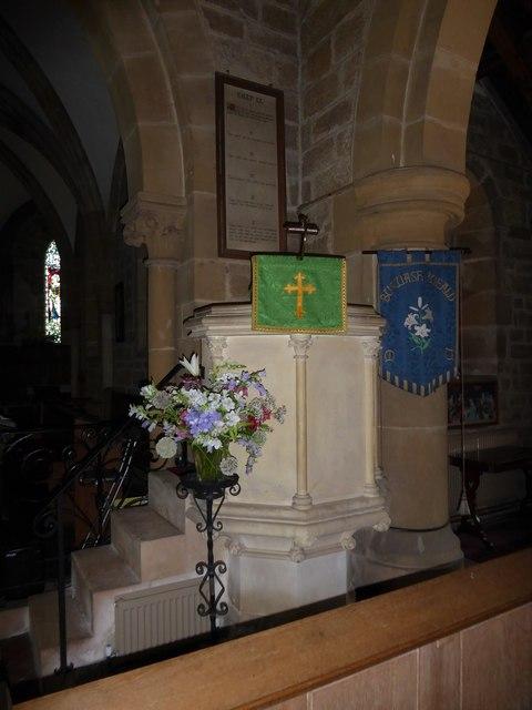 St Philip, Burwash Weald: pulpit