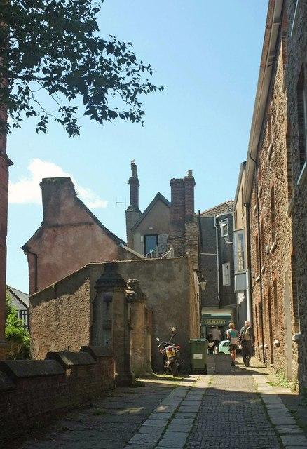 Church Close, Totnes