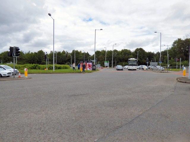Terminals 1 & 3 Roundabout