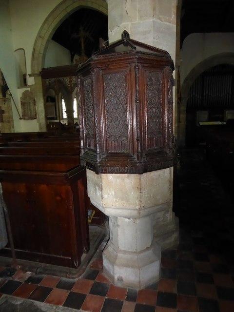 Inside St Mary, Ticehurst (c)
