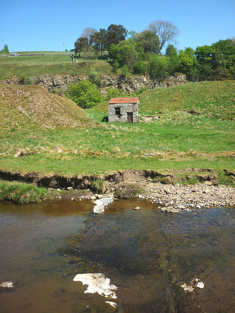Small building near Cowshill