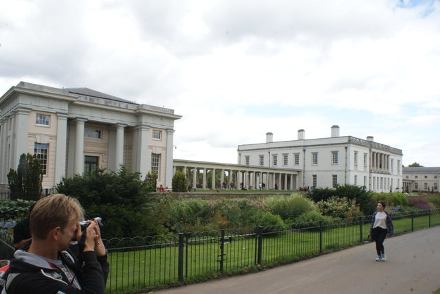 View of Queen's House from Greenwich Park