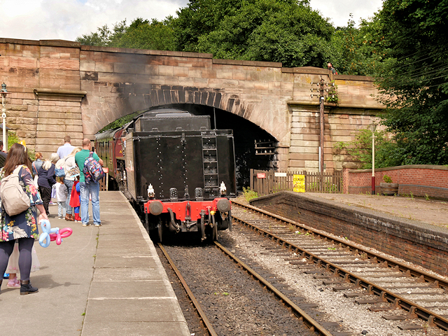 Churnet Valley Railway, Train Arriving at Kingsley and Froghall Station