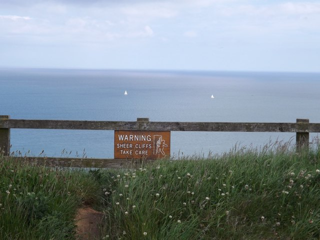 Warning sign at Gristhorpe Cliff