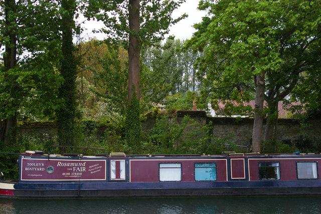 Moored boat at on the Thames at Medley