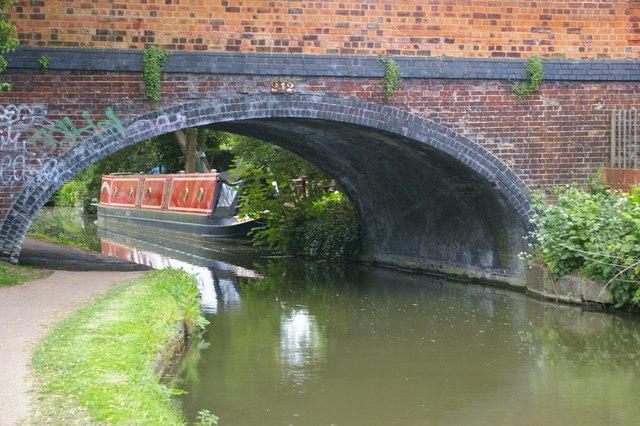 Walton Bridge (no.242), Oxford Canal