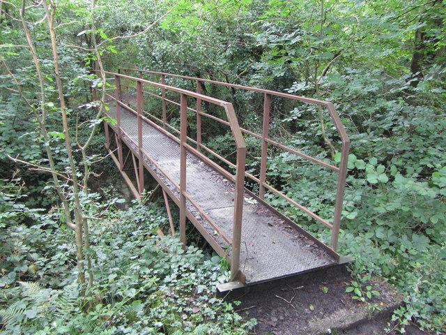 Footbridge across the Nant Melyn