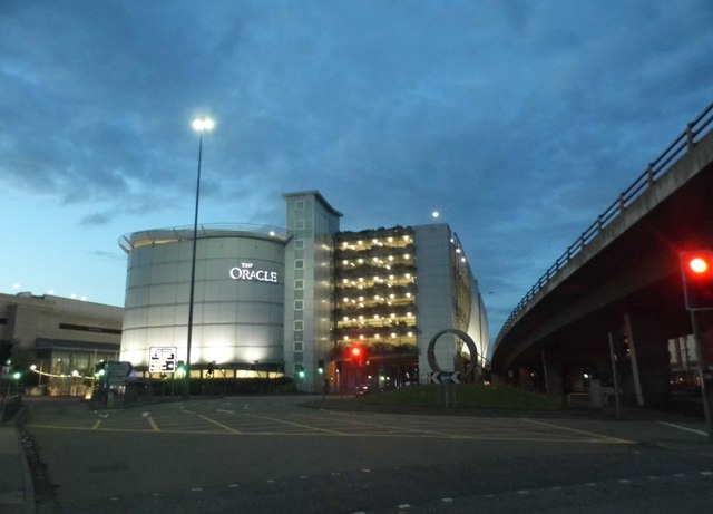 The Oracle shopping centre, Reading